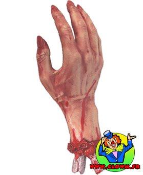Main coupée sanguinolente