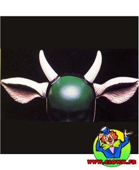 Oreilles de vaches avec cornes